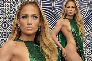 Jennifer Lopez khoe ảnh nude, tự hào về đường cong ở tuổi U.50