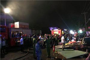 Cứu hỏa trong đêm, một cảnh sát PCCC bị thương