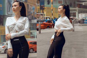 Hoa hậu 3 con Paris Vũ khoe hông quả táo căng tròn quyến rũ giữa đường phố Malaysia