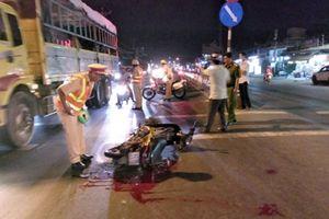 Truy tìm xe đầu kéo gây tai nạn rồi bỏ trốn khỏi hiện trường