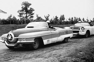 Bất ngờ trước hoạt động đua ô tô rất phổ biến ở Liên Xô