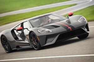 GT Carbon Series - siêu xe nhẹ nhất của Ford ra mắt