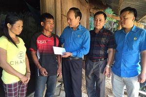 LĐLĐ Tỉnh Nghệ An: Trao quà Tấm lòng Vàng cho đoàn viên, CNVCLĐ, người dân bị thiệt hại do thiên tai
