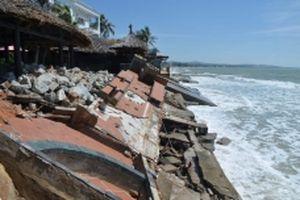 Biển xâm thực gây nhiều thiệt hại ở Hàm Tiến