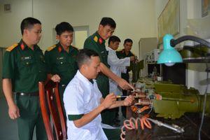 Khai thác, sửa chữa vũ khí, khí tài pháo binh hiệu quả, chất lượng
