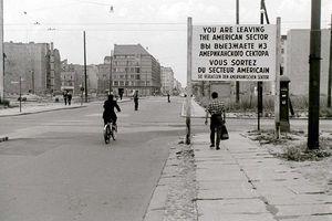 Ảnh hiếm: Cuộc sống ở Berlin thời cao điểm Chiến tranh Lạnh