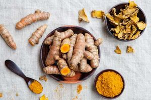 8 thực phẩm quen thuộc ăn thường xuyên giúp hạn chế bệnh tật