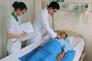 Suýt đột tử bởi khối u lớn trong tim