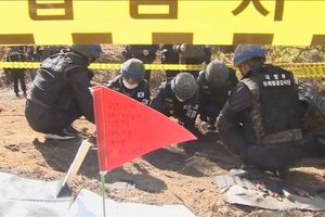Hàn, Triều dừng hành động thù địch
