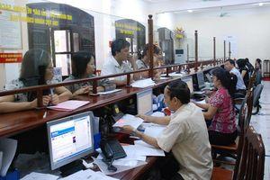 Doanh nghiệp phải mất 1 tháng 10 ngày để nộp thuế và bảo hiểm