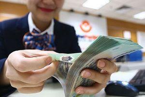 Tài chính 24h: Ngân hàng khó có cửa nới room tín dụng