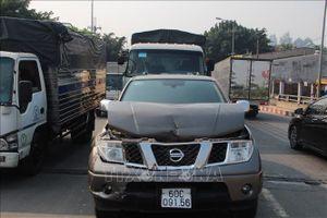 Bốn ô tô tông nhau, cầu Phú Cường bắc qua sông Sài Gòn ùn tắc kéo dài