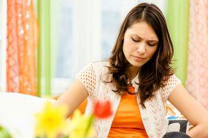 Bệnh trĩ, béo phì và gan nhiễm mỡ báo hiệu tiền mãn kinh
