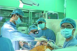 Khó thở, đau ngực dữ dội, đi khám phát hiện bị hở van tim 2 lá