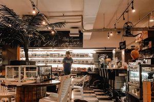 Lạc bước vào 5 quán cà phê động vật độc nhất châu Á