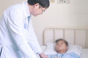 Cứu sống bé gái bị vỡ manh tràng do tai nạn