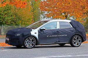 Những hình ảnh thực tế đầu tiên mẫu Kia Ceed Crossover 2020