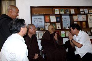 Thủ tướng Nguyễn Xuân Phúc gửi lời thăm hỏi ân cần Thiền sư Thích Nhất Hạnh