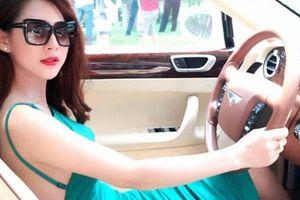 25 tuổi, hot girl làng hài ở nhà đẹp, đi 2 xe sang 32 tỷ