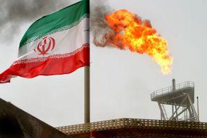 Mỹ cho phép 8 quốc gia 'vượt rào' cấm vận, mua dầu mỏ từ Iran