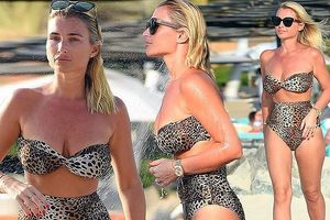 Billie Faiers khoe dáng nóng bỏng với bikini da báo
