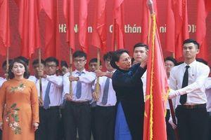 Trao Huân chương Độc lập hạng Ba cho ngôi trường 110 tuổi