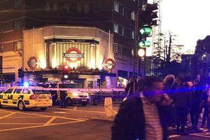 Anh: Tấn công bằng dao ở London khiến 1 thiếu niên thiệt mạng