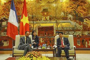 Chủ tịch UBND thành phố Hà Nội hội kiến Thủ tướng Pháp