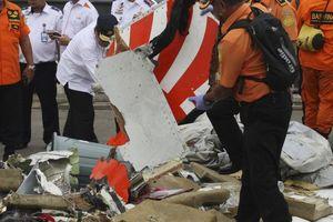 Đã tìm thấy thân máy bay Indonesia gặp nạn, một thợ lặn thiệt mạng