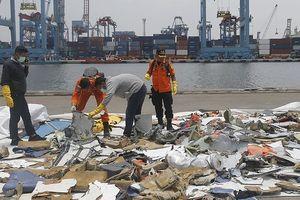 Một thợ lặn thiệt mạng khi tìm kiếm máy bay Lion Air gặp nạn