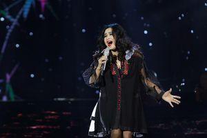 Thanh Lam như 'lên đồng' khi hát ca khúc của đàn em