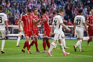 Bayern mất điểm phút chót khi bị Freiburg cầm hòa 1-1