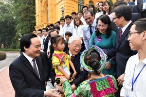 Tổng Bí thư, Chủ tịch nước Nguyễn Phú Trọng: 'Giáo dục toàn diện, tựu chung lại là đức và tài'
