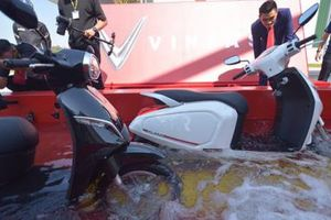 Có khả năng lội nước nửa mét, xe máy điện VinFast sở hữu công nghệ gì đặc biệt?