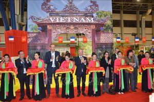 Tưng bừng không gian Việt Nam tại Hội chợ quốc tế Grenoble 2018