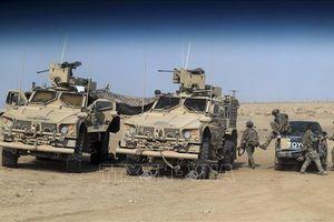 Hàng chục dân thường Syria trúng không kích của liên quân Mỹ