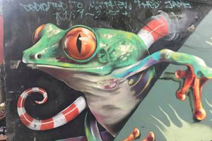 'Con đường Graffiti', nơi sống ảo cực ngầu cho giới trẻ Hà Nội