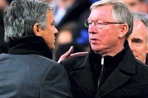 Mou – United: Đừng đem trò ú tim 'tầm trung' đi so với 'đẳng cấp' của Fergie time