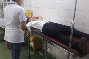 Đang tác nghiệp ghi hình 'đất tặc' hoành hành, một PVTV bị đánh đa chấn thương