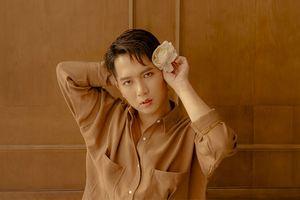 Kể từ nay, hãy gọi 'hot boy lấp lánh' team Lam Trường tại The Voice 2018 là MQui