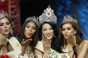 Nghệ sĩ Việt đồng loạt chúc mừng Phương Khánh đăng quang 'Hoa hậu trái đất 2018'
