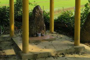 Sự thật về hòn đá 'biết đi' và 'khử tà quỷ' ở Thừa Thiên Huế?