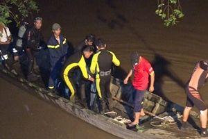 Tìm thấy thi thể bé gái 7 tuổi, té sông mất tích khi tan học