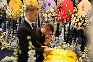 Cầu thủ Leicester sang Bangkok tiễn biệt tỉ phú Vichai