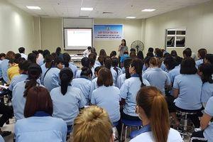 LĐLĐ tỉnh Hòa Bình đẩy mạnh tuyên truyền pháp luật