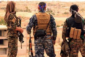 Kurd đánh IS, Syria đánh phiến quân: Thùng thuốc súng đã nổ