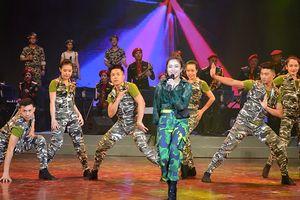 Phát huy mạch nguồn truyền thống ca múa nhạc Quân đội