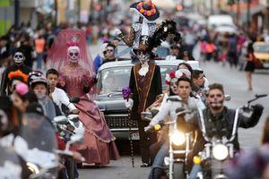 Kỳ lạ lễ hội 'Ngày của người chết' ở Mexico