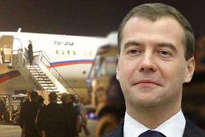 Thủ tướng Nga thăm chính thức Trung Quốc
