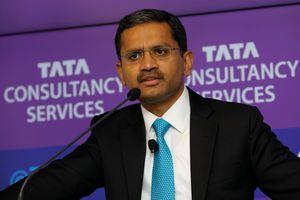Hãng công nghệ Ấn Độ hầu tòa vì đuổi nhiều nhân viên Mỹ